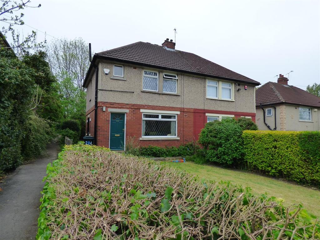 3 Bedrooms Semi Detached House for sale in Kings Road, Bradford