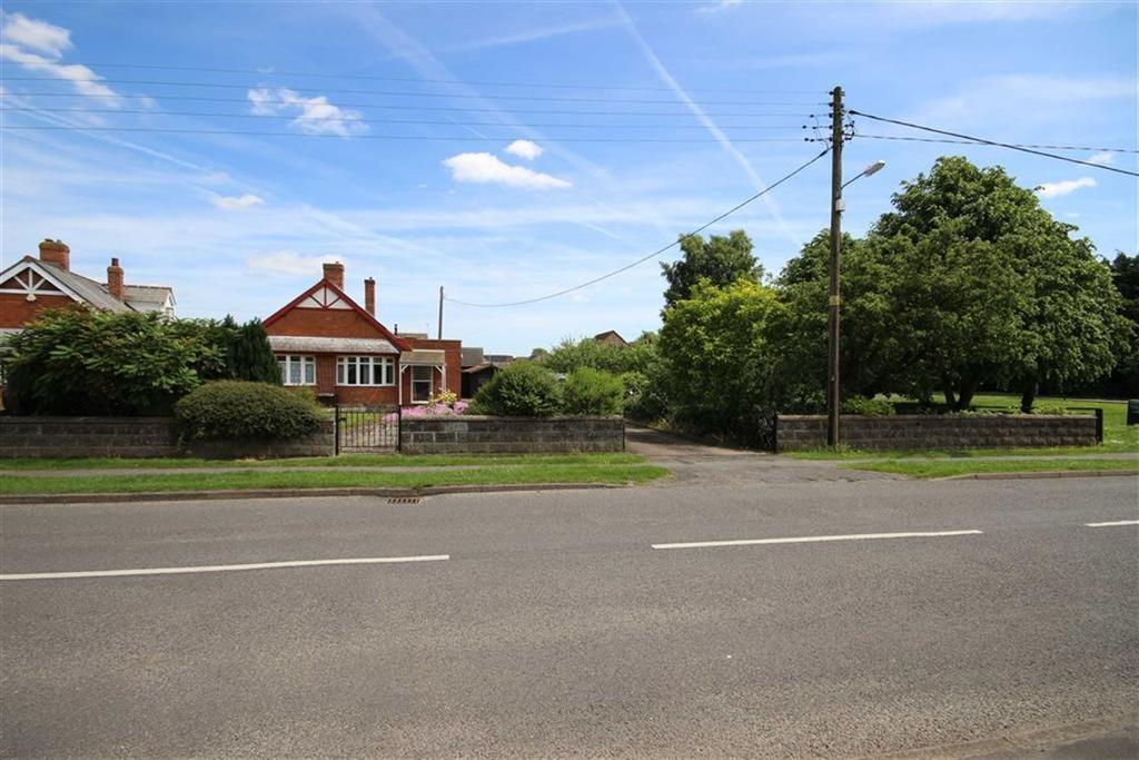 Land Commercial for sale in Dunston Road, Metheringham, Lincoln, Lincolnshire