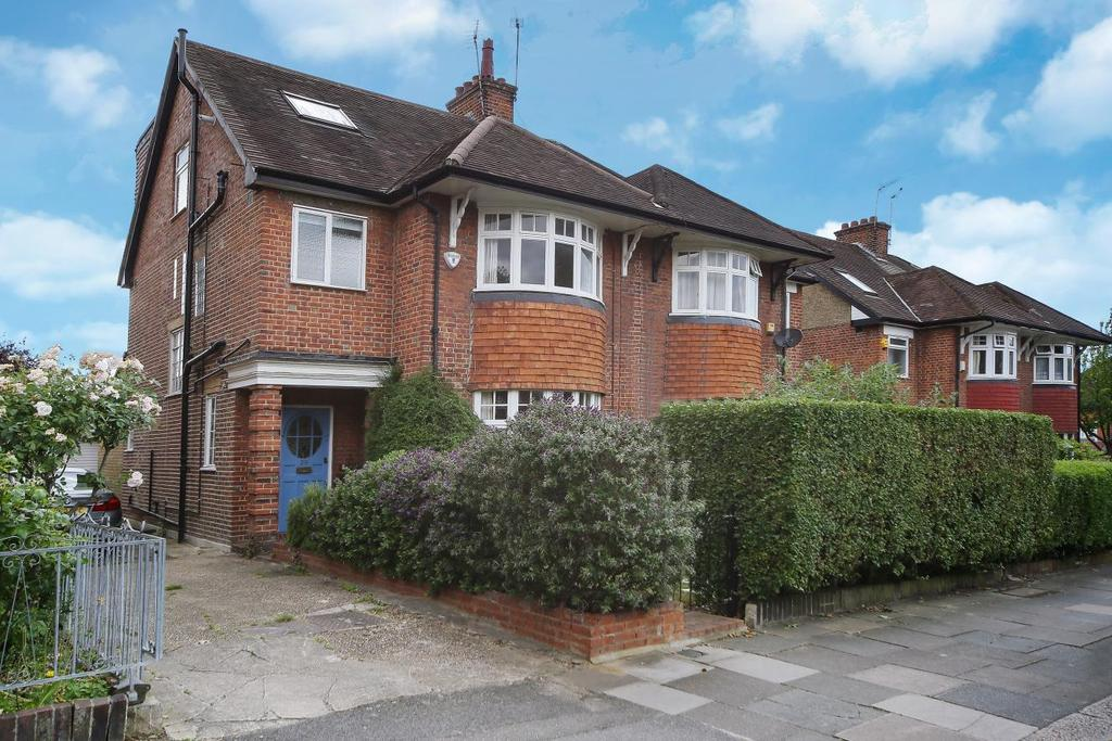 5 Bedrooms Semi Detached House for sale in Queens Walk, Ealing, W5