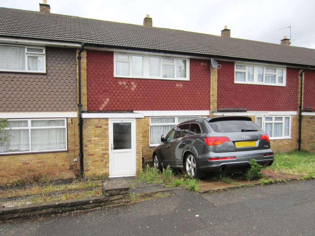 3 Bedrooms Terraced House for sale in Myrtle Road, Shirley, Croydon CR0
