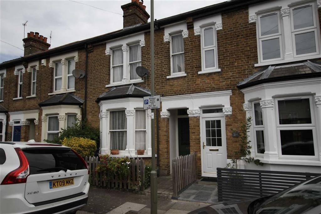 2 Bedrooms Terraced House for sale in Thornton Road, Barnet, Herts, EN5