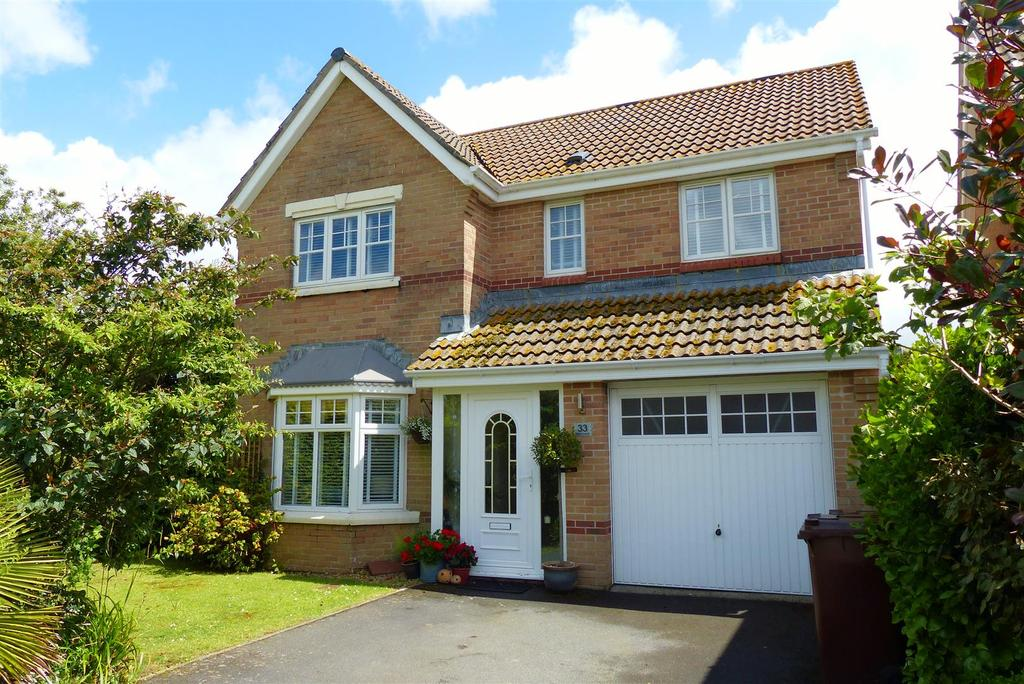 4 Bedrooms Detached House for sale in Probus