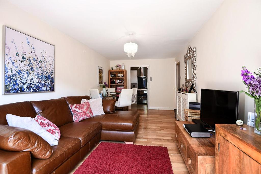 1 Bedroom Flat for sale in Chambon Place, Hammersmith