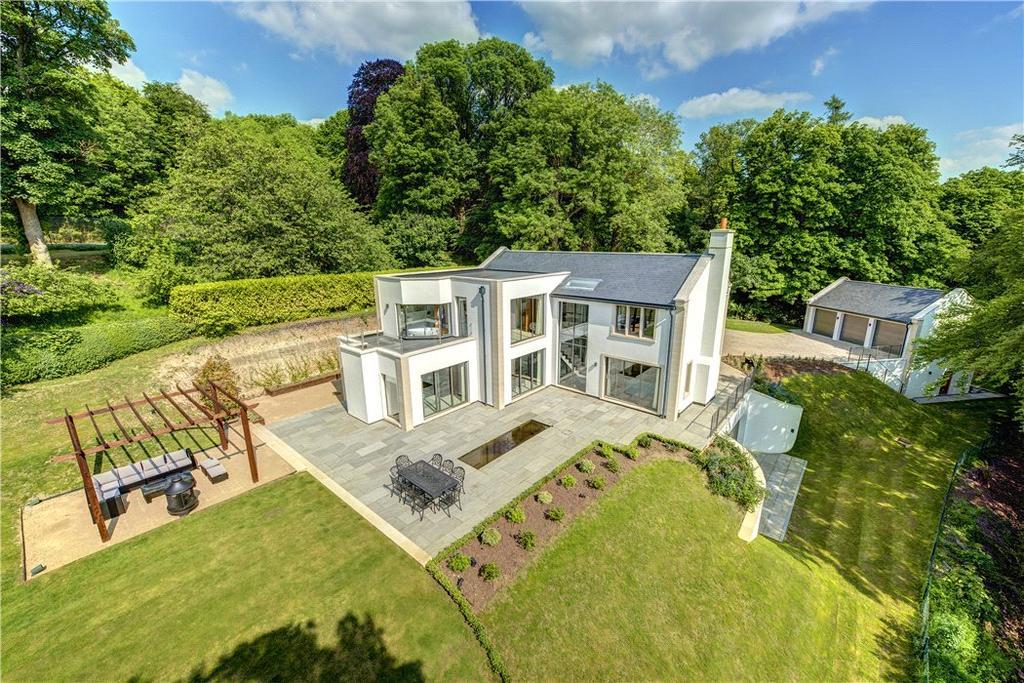 5 Bedrooms Detached House for sale in Remenham Hill, Remenham, Henley-on-Thames, Berkshire, RG9