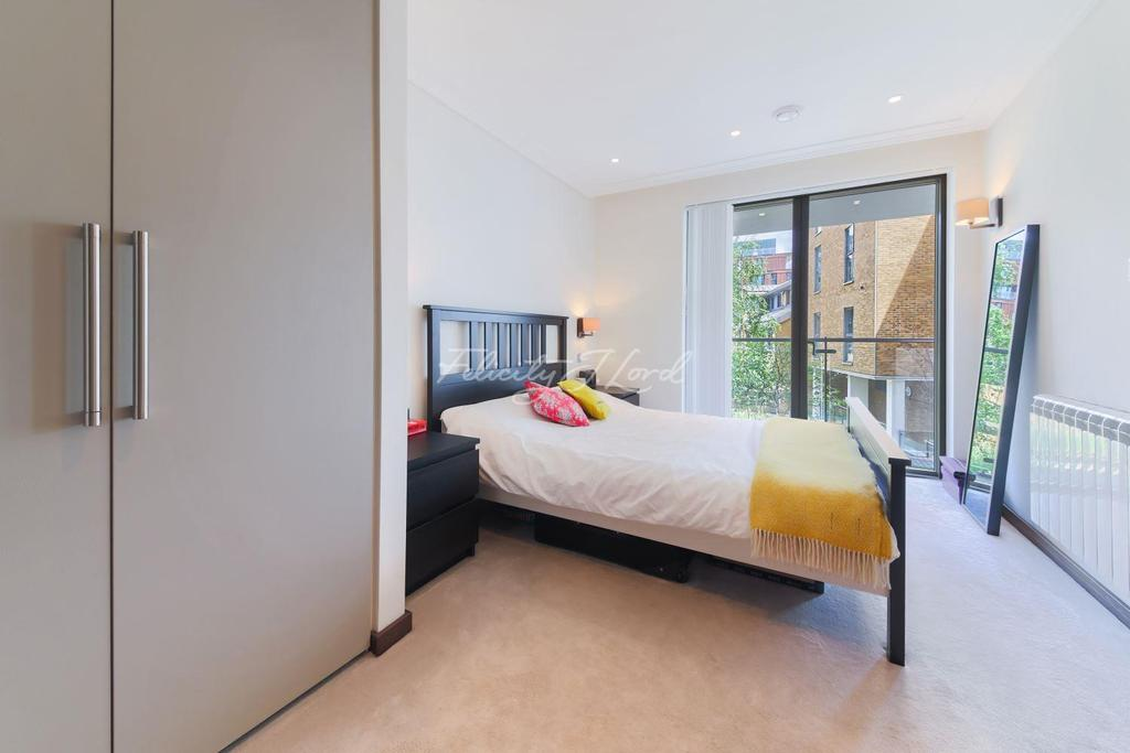 2 Bedrooms Flat for sale in Frances Wharf, E14