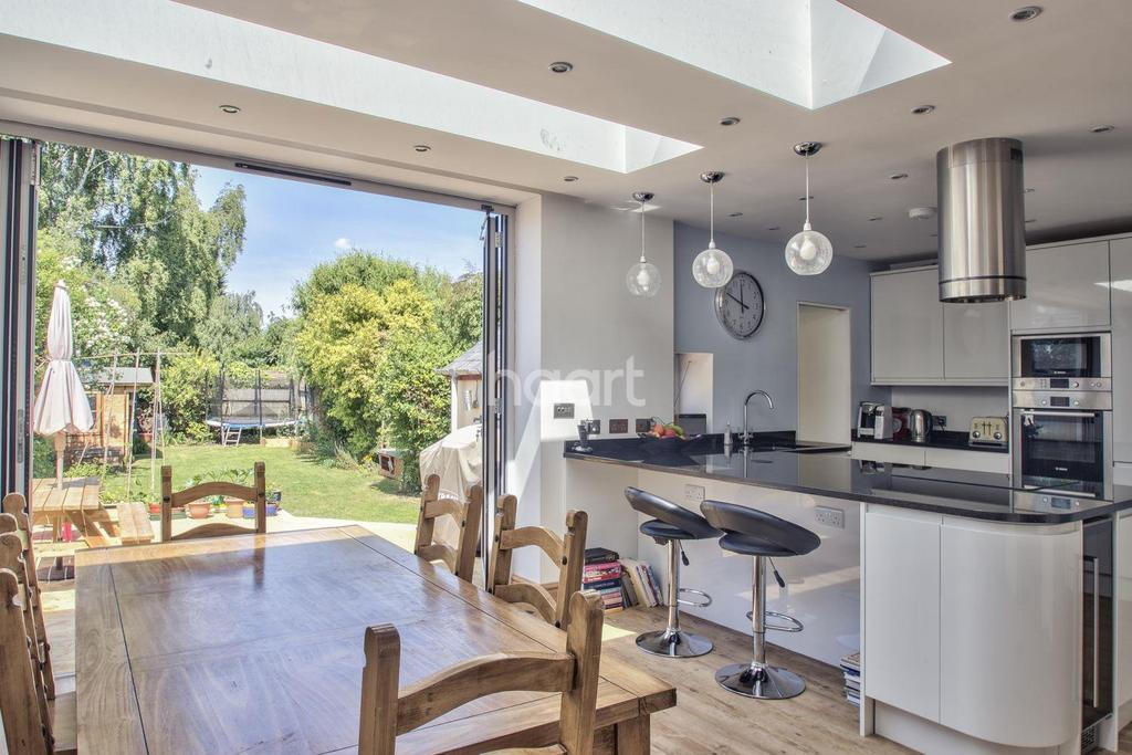 4 Bedrooms Semi Detached House for sale in Hinton Way, Great Shelford, Cambridgeshire
