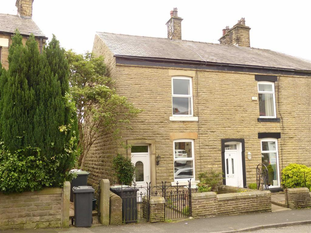 2 Bedrooms Terraced House for sale in Queen Street, Glossop, Glossop