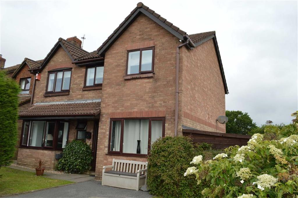 5 Bedrooms Detached House for sale in Juniper Close, Swansea, SA2