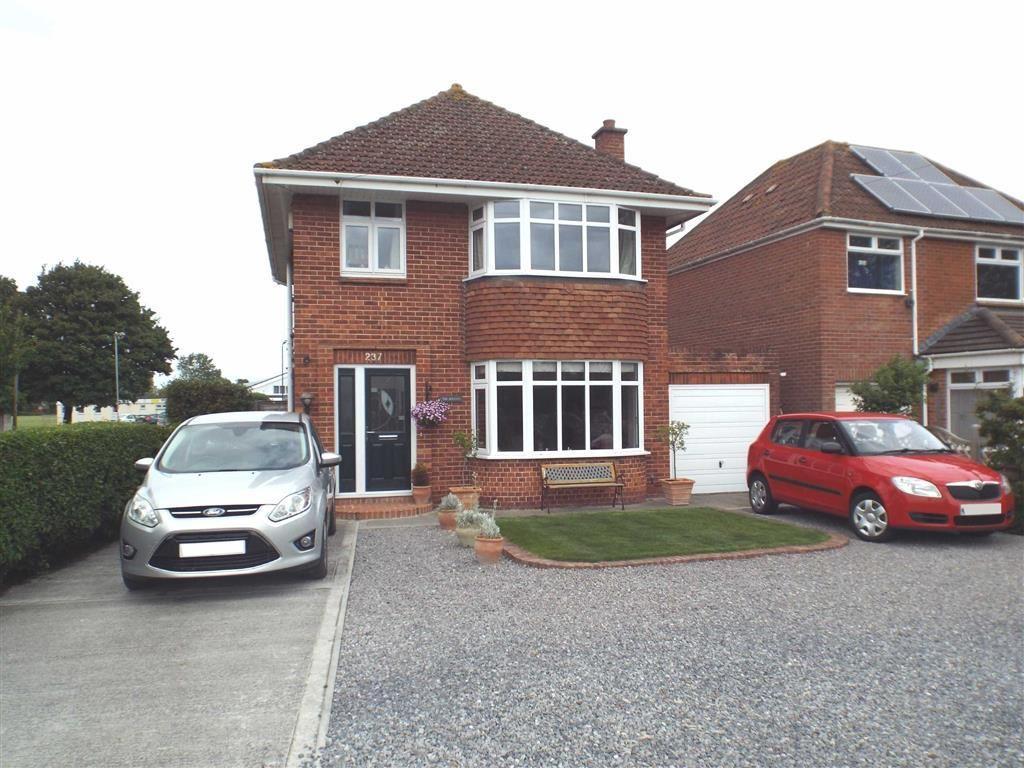 3 Bedrooms Detached House for sale in Burnham Road, Burnham-on-Sea