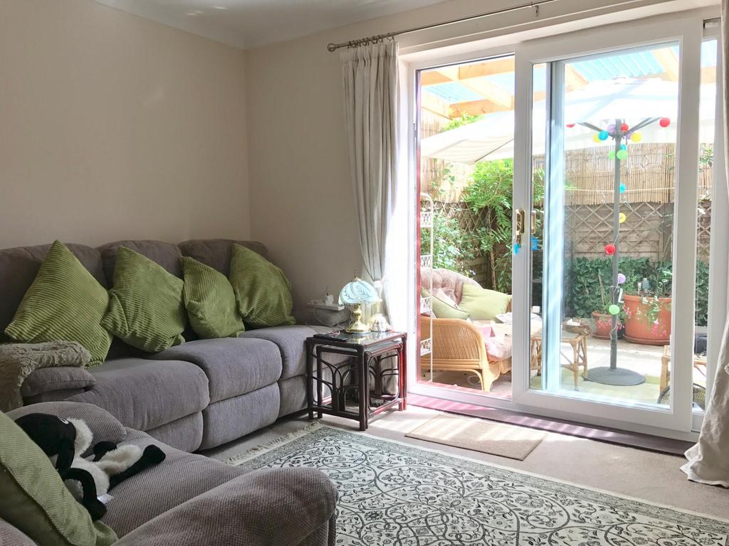 1 Bedroom House for sale in Prospect Court, Lane End