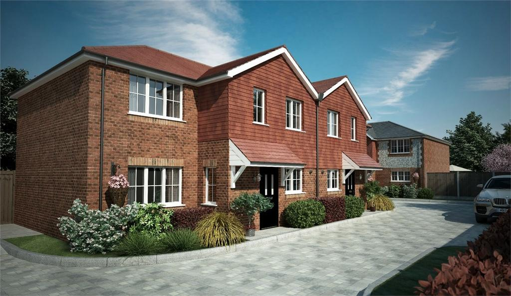 3 Bedrooms Semi Detached House for sale in Wadebridge View, Cotswold Close, Gloucester Close, Four Marks, Hampshire