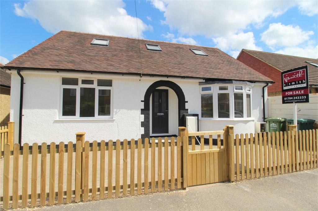 4 Bedrooms Detached House for sale in Marlborough Road, Ashford, Surrey