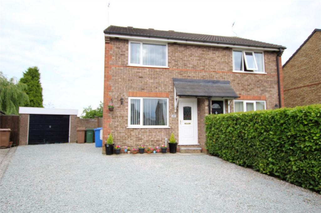 2 Bedrooms Semi Detached House for sale in The Spinney, Newport, East Riding of Yorkshire