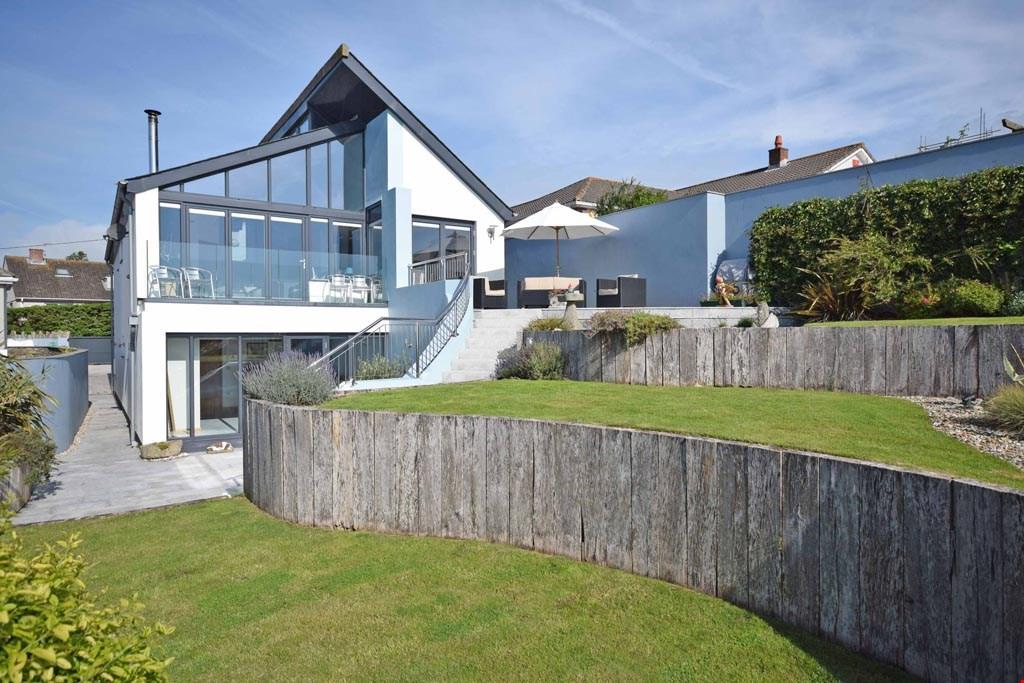 3 Bedrooms Detached House for sale in Mevagissey, Cornwall, PL26