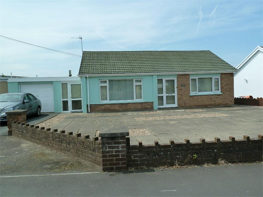 2 Bedrooms Semi Detached Bungalow for sale in Hobart, Penparc, Cardigan, Ceredigion