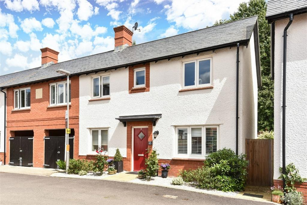 4 Bedrooms Semi Detached House for sale in Winchester, Hampshire