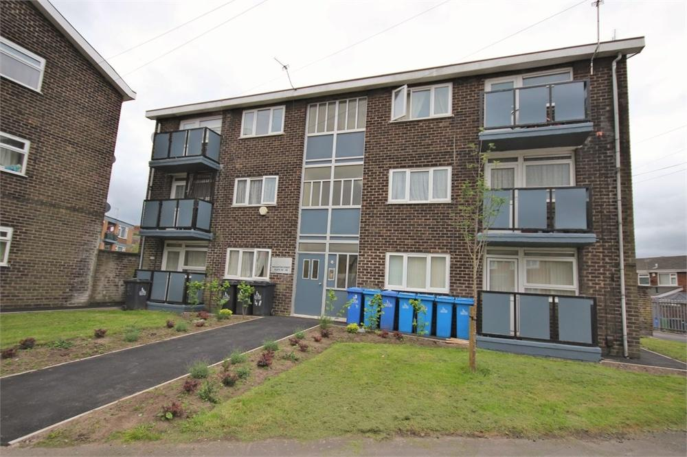 1 Bedroom Flat for sale in Houghton Street, WIDNES, Cheshire