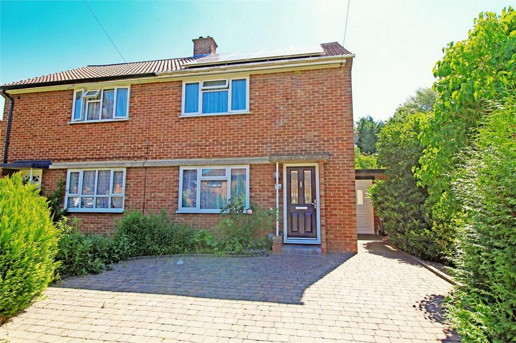 2 Bedrooms Semi Detached House for sale in Eastern Way, Letchworth Garden City, Hertfordshire