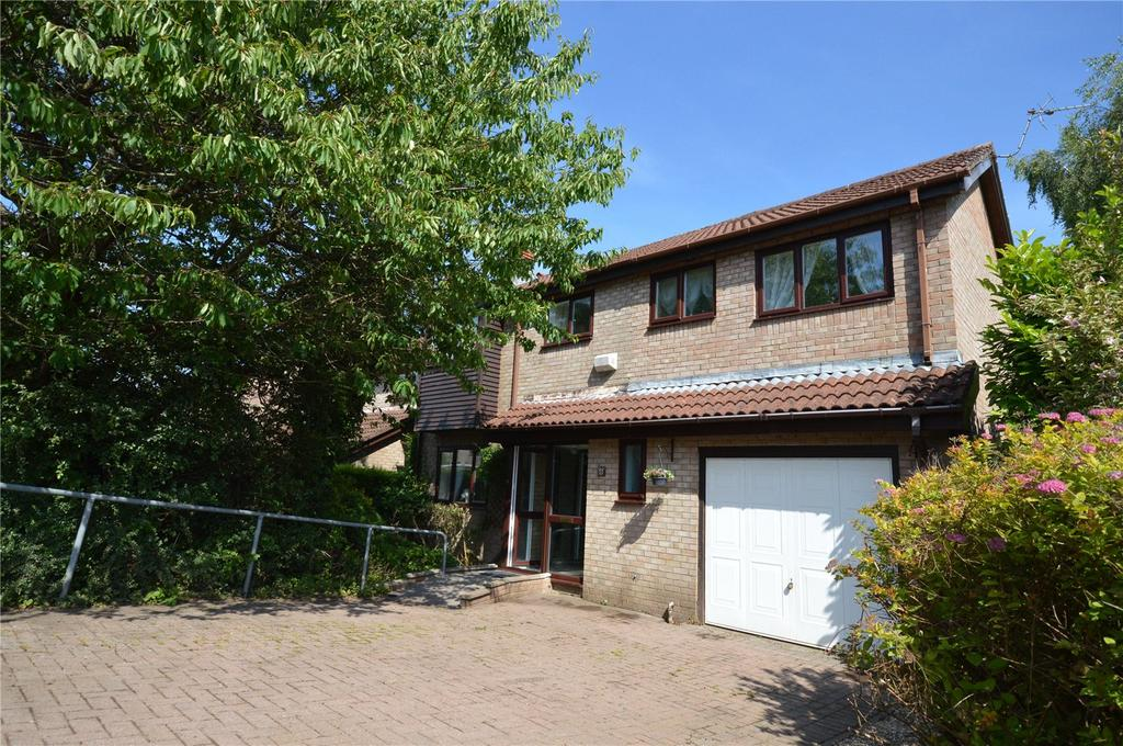 4 Bedrooms Detached House for sale in Cheriton Drive, Thornhill, Cardiff, CF14