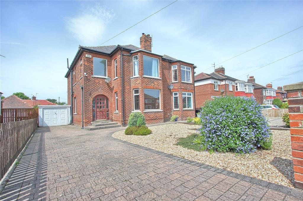 3 Bedrooms Semi Detached House for sale in Kirkleatham Lane, Redcar