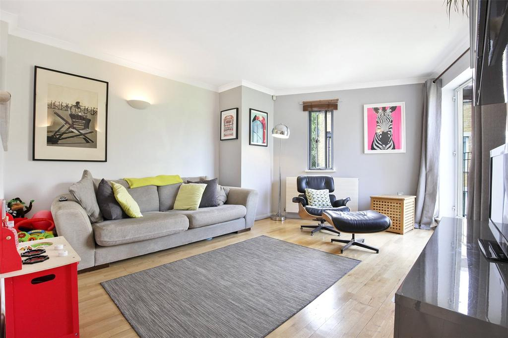 2 Bedrooms Flat for sale in Armoury House, 7 Gunmakers Lane, London, E3