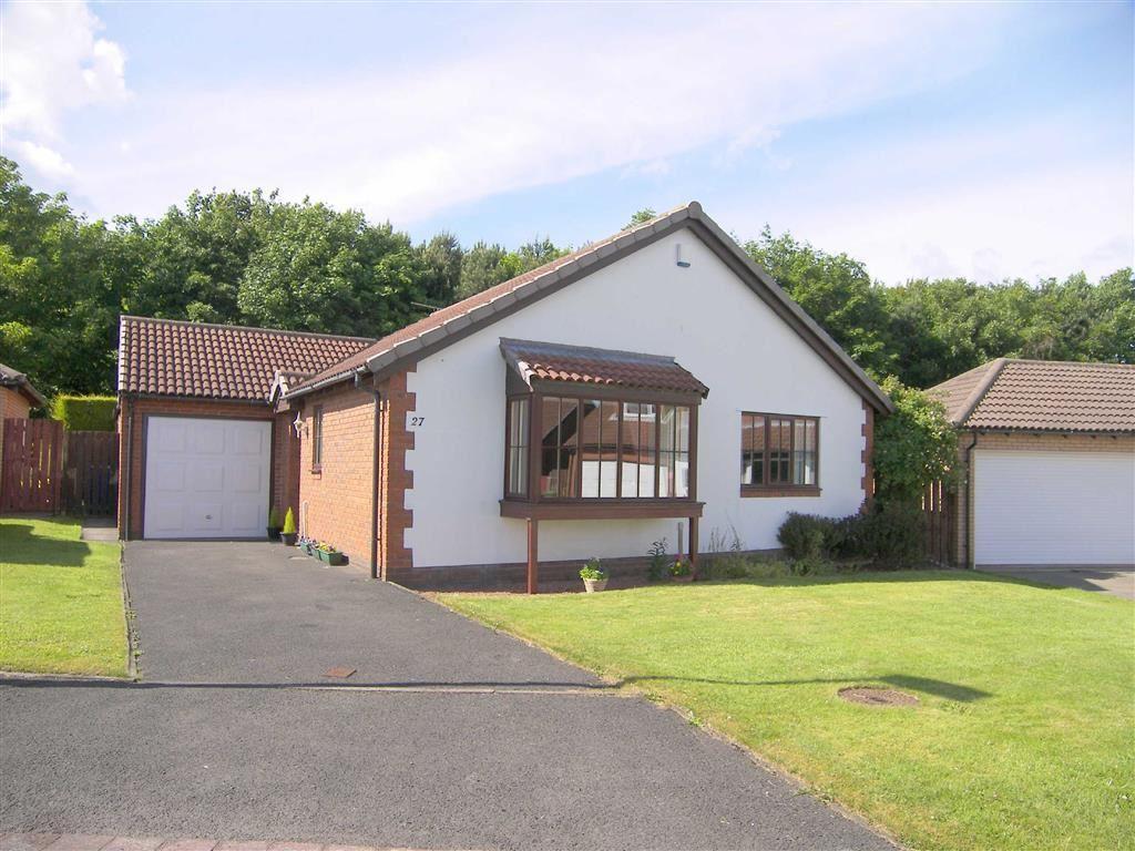 3 Bedrooms Detached Bungalow for sale in Thornbury Avenue, Seghill, Cramlington, NE23