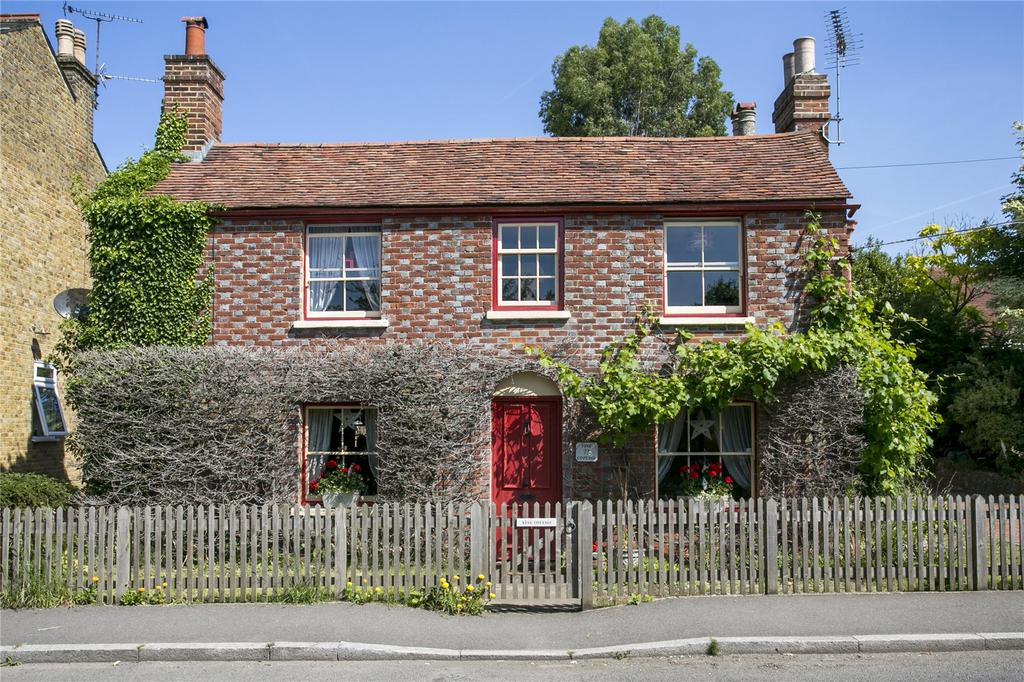 3 Bedrooms Detached House for sale in The Street, Mereworth, Maidstone, Kent