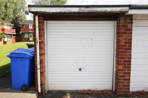 Garage to rent - Kearsley Close, Seaton Delaval
