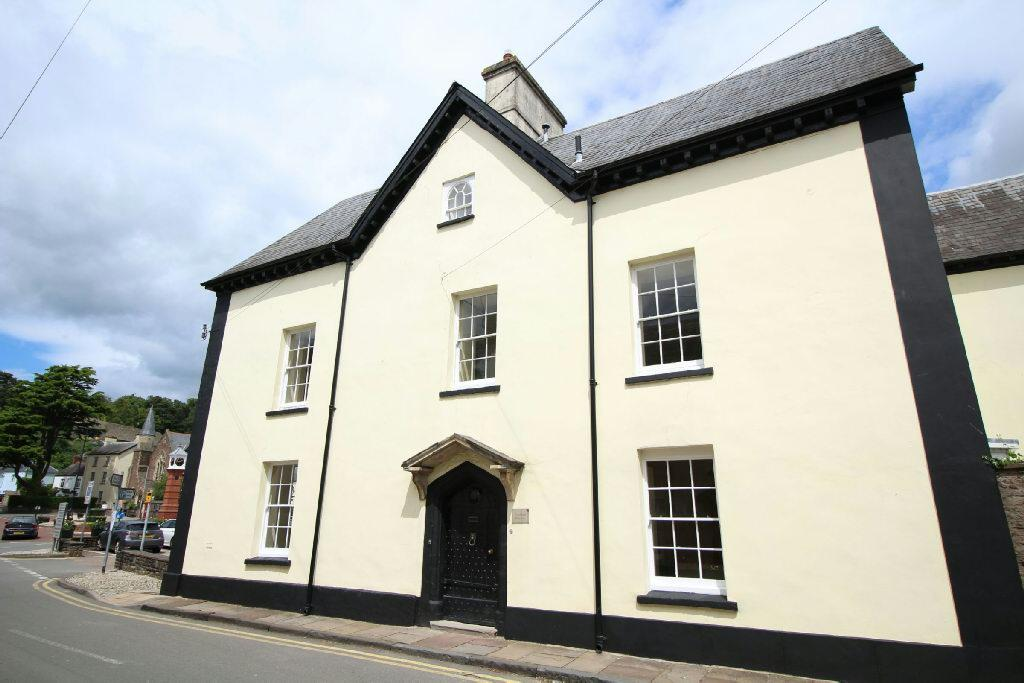 4 Bedrooms Unique Property for sale in Priory Street, Usk
