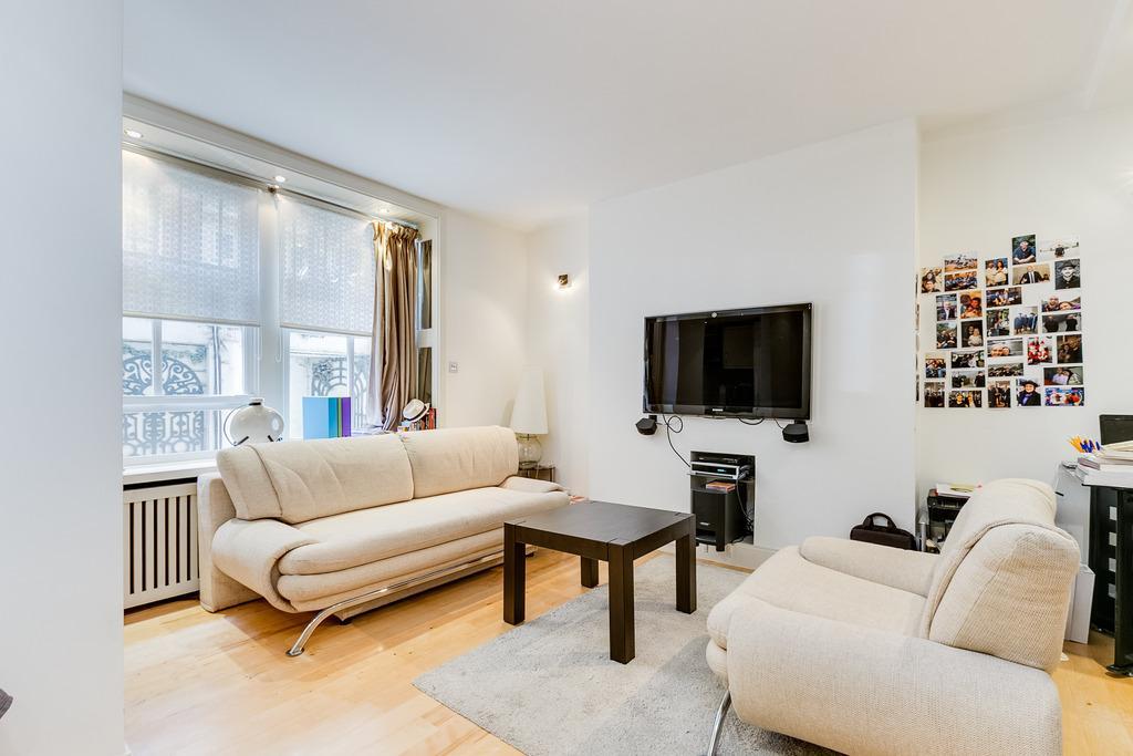 Studio Flat for sale in Basil Street, London, SW3