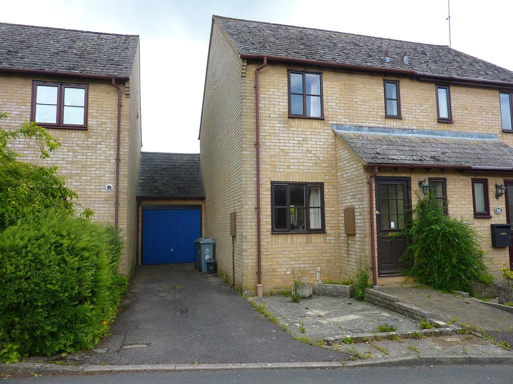 3 Bedrooms Semi Detached House for sale in Rowell Way, Chipping Norton