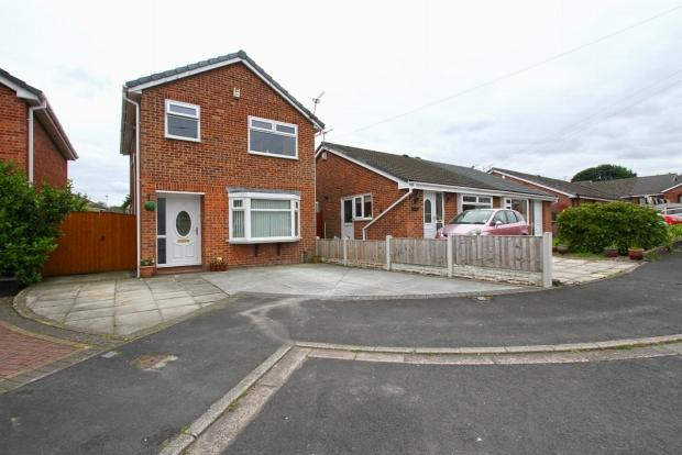 3 Bedrooms Detached House for sale in Kenmore Grove Ashton In Makerfield Wigan