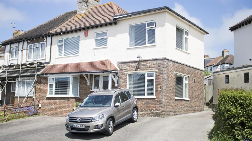 4 Bedrooms Semi Detached House for sale in Bevendean Crescent