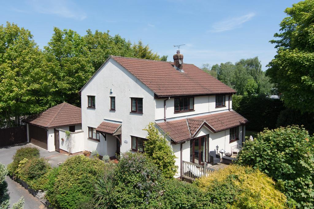 4 Bedrooms Detached House for sale in Superb non-estate in Congresbury