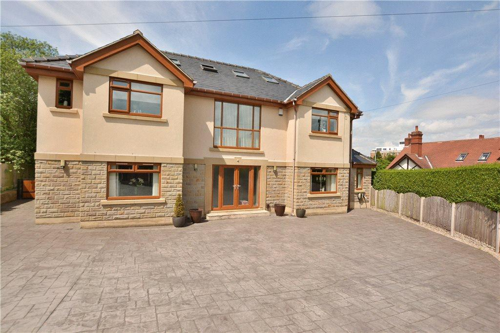 5 Bedrooms Detached House for sale in Crescent Gardens, Alwoodley, Leeds