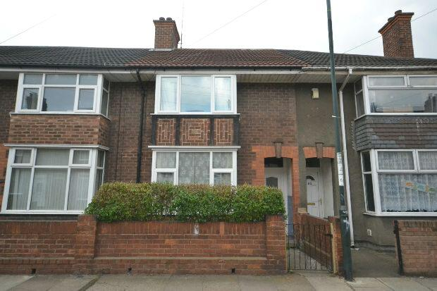 4 Bedrooms Terraced House for sale in Macaulay Street, GRIMSBY