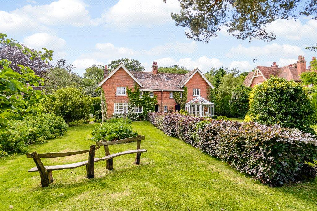 5 Bedrooms Detached House for sale in Childwick Green, Childwickbury, St. Albans, Hertfordshire