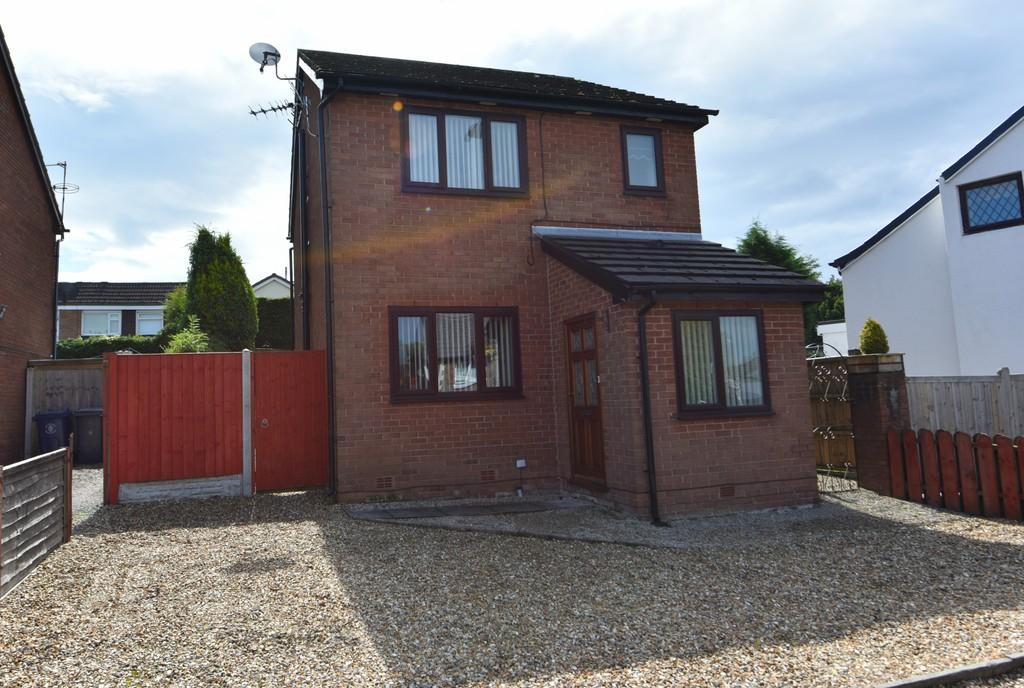 3 Bedrooms Detached House for sale in Liverpool Road South, Burscough