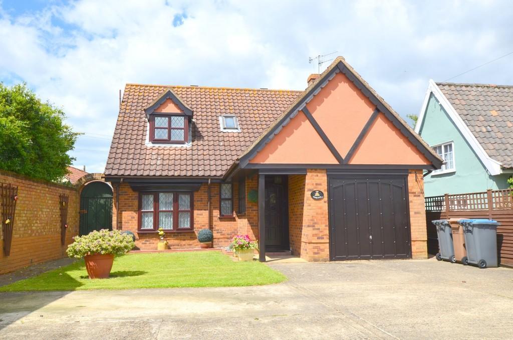 3 Bedrooms Chalet House for sale in Main Road, Little Glemham, Woodbridge