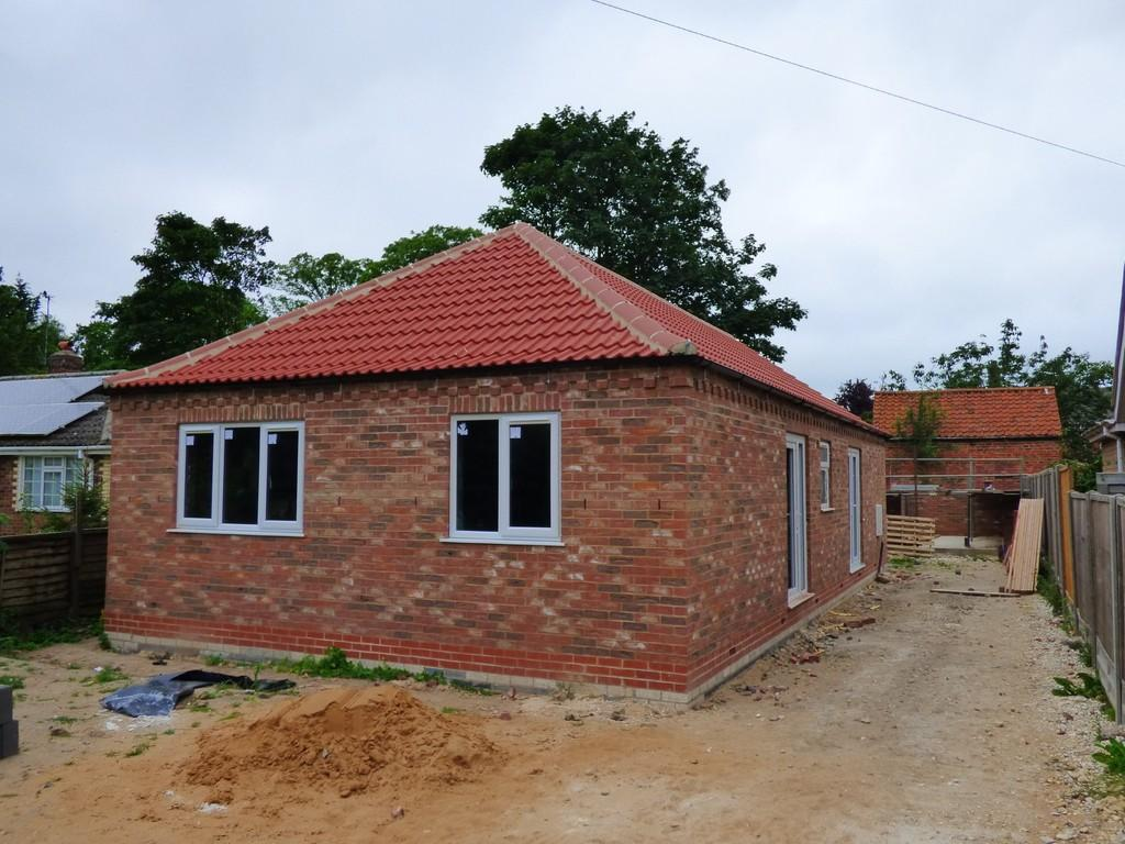 3 Bedrooms Detached Bungalow for sale in South Street, North Kelsey, Market Rasen