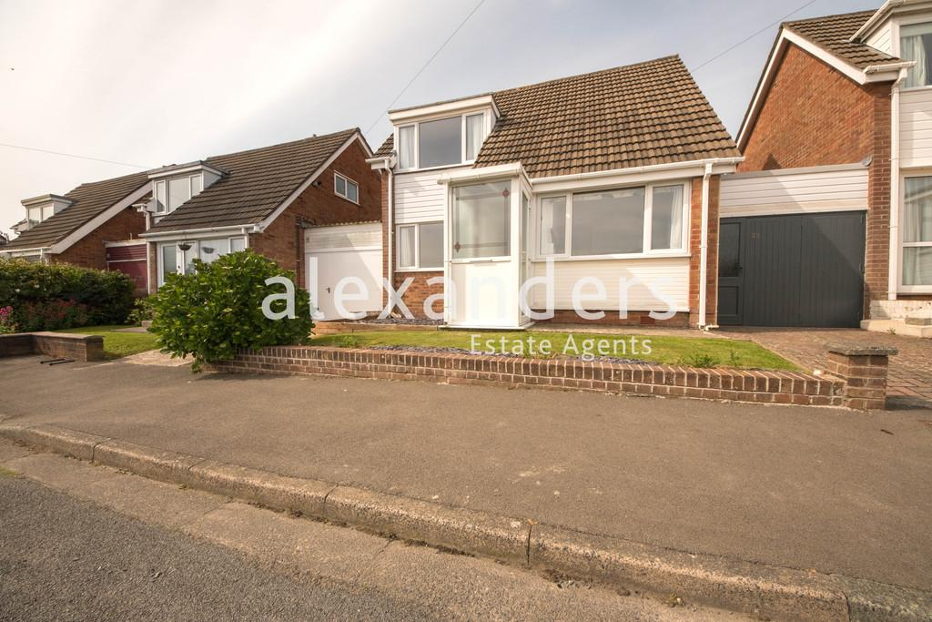 3 Bedrooms Semi Detached House for sale in Maeshendre, Waunfawr