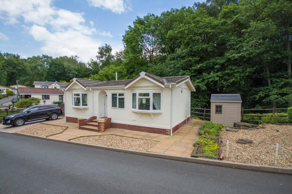 2 Bedrooms Park Home Mobile Home for sale in Dippers Bank Park , Cleobury Mortimer, Kidderminster