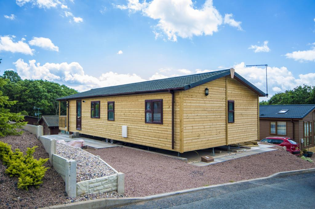 3 Bedrooms Park Home Mobile Home for sale in The Woodlands, Dowles Road, Bewdley