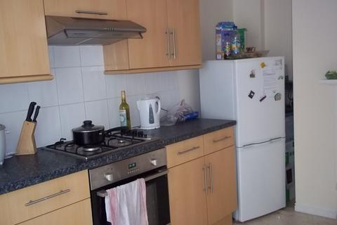 2 bedroom flat to rent - Landsdowne Street, Southsea, PO5 4BA