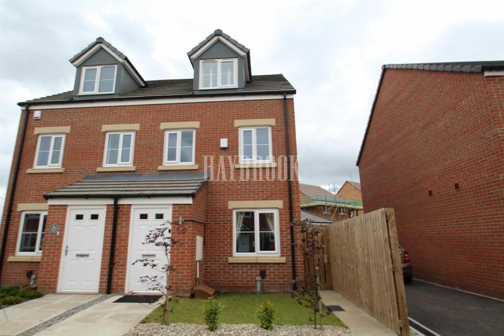 3 Bedrooms Semi Detached House for sale in Moorhouse Drive, Thurcroft