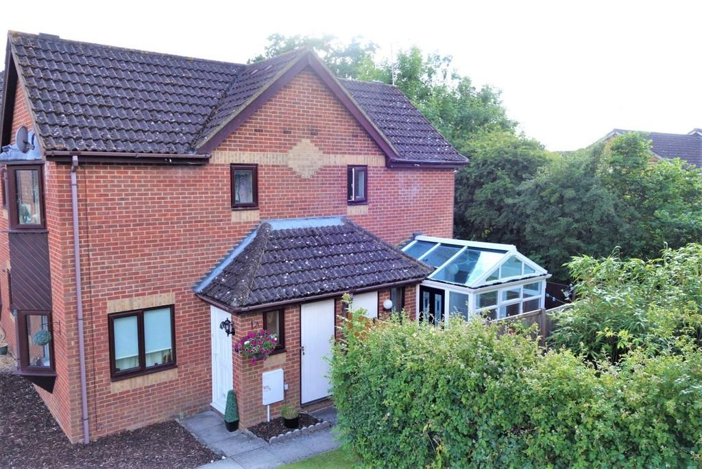 1 Bedroom Semi Detached House for sale in Elldene Court, Ashurst Bridge, Totton
