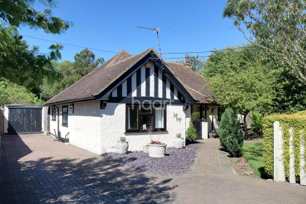2 Bedrooms Bungalow for sale in Warden Road, Eastchurch