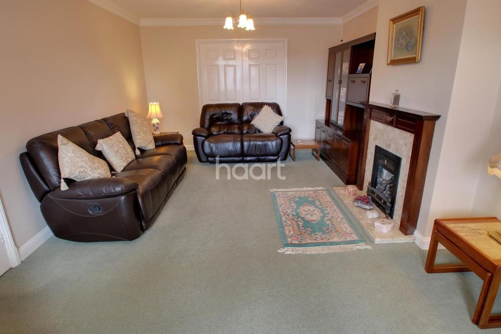 4 Bedrooms Detached House for sale in Oadby Road, Wigston, Leicester