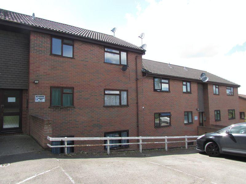 1 Bedroom Apartment Flat for sale in Mounts Road, Greenhithe