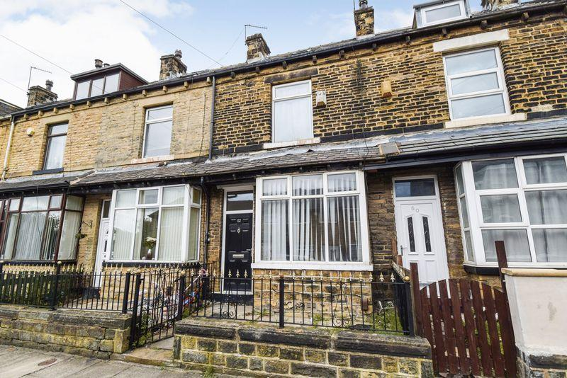 3 Bedrooms Terraced House for sale in Beverley Street, Bradford